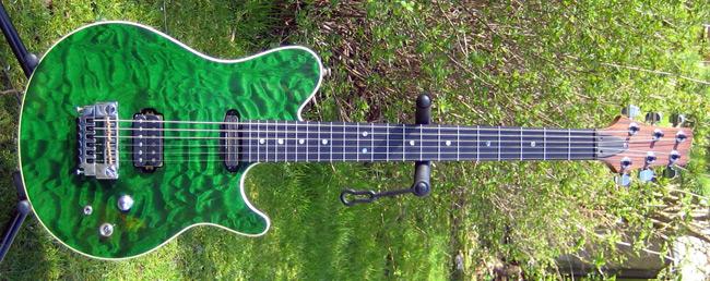 hjemme lavet guitar